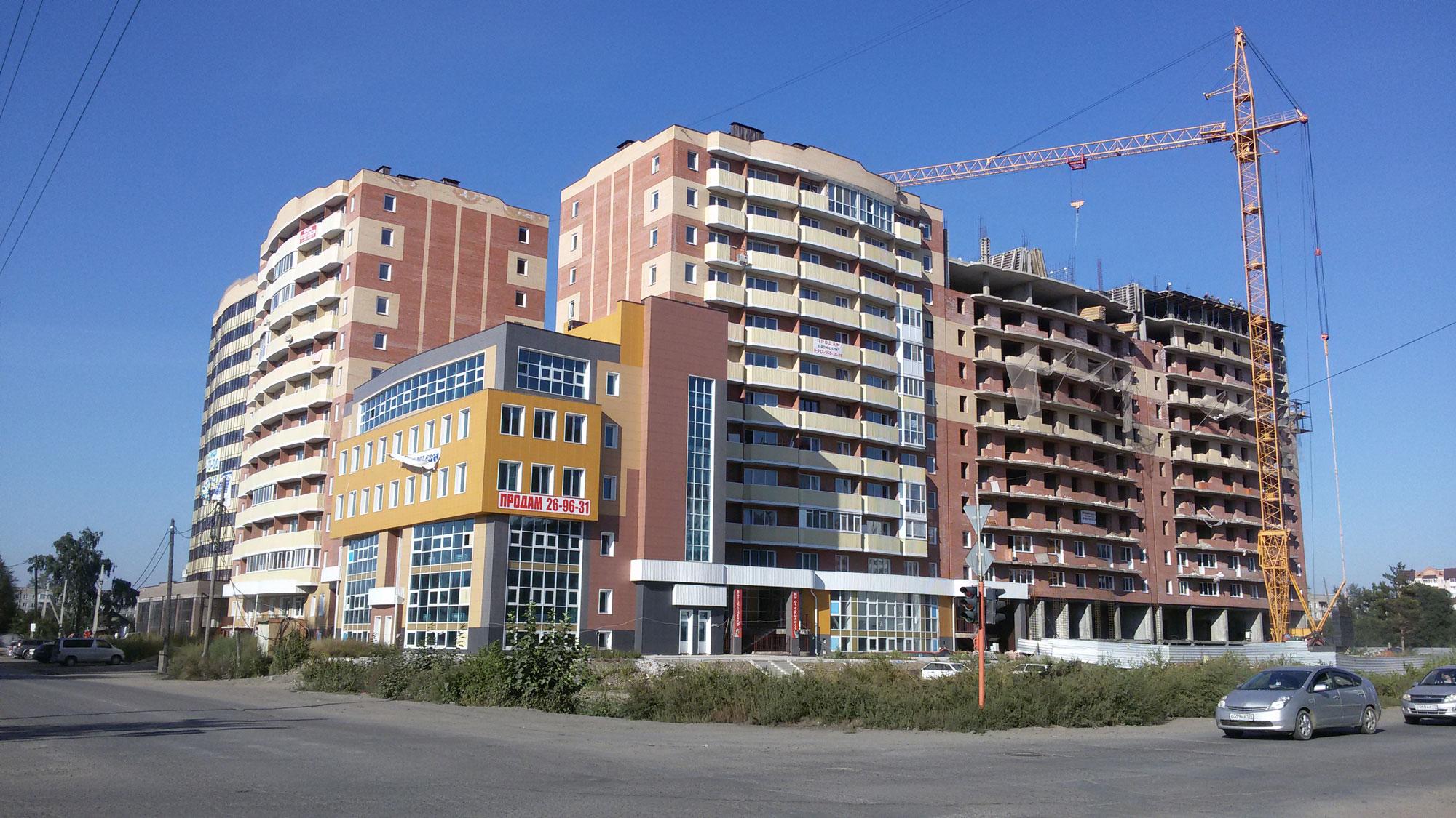Жилой дом со встроенно-пристроенными нежилыми помещениями по ул. Кирова в г. Абакане